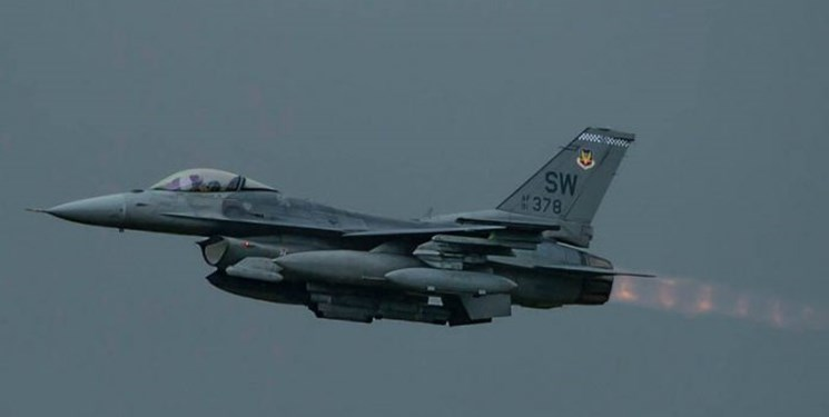 حمله هوایی آمریکا به مواضعی در در مرز عراق-سوریه