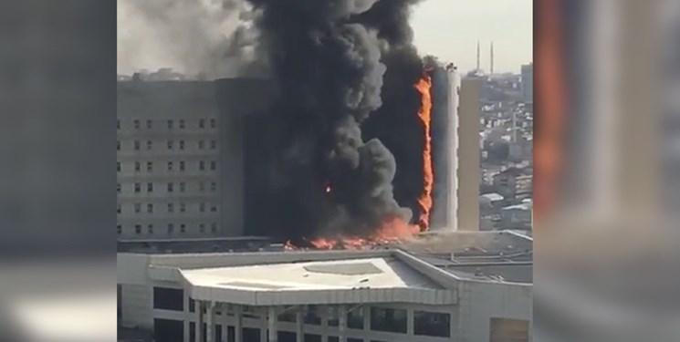 فیلم   آتش سوزی در ساختمان دانشکده پزشکی در استانبول