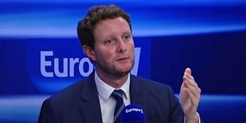 پاریس: بابت مدل آزادیبیان در فرانسه عذرخواهی نمیکنیم