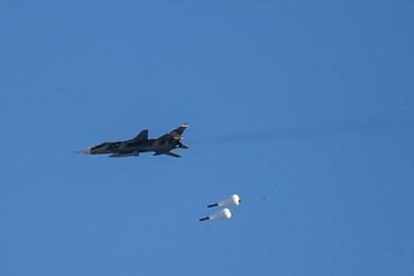 لحظه شلیک جنگندهها به اهداف از پیش تعیین شده