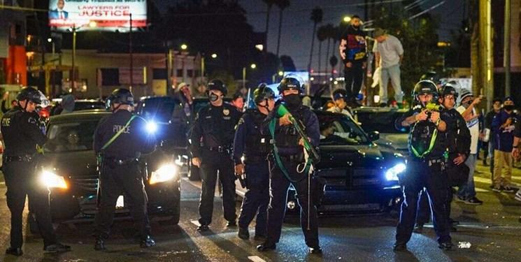 چاقوکشی در نزدیکی کاخ سفید 4 مجروح برجا گذاشت/ بازداشت 40 نفر در لسآنجلس
