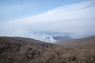 دود ناشی از حریق در جنگلهای  توسکستان گلستان
