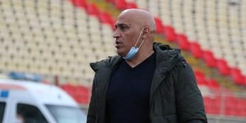 منصوریان: به دنبال اولین پیروزی هستیم/ خوش شانس نیستم که هواداران تراکتور را نمی بینم/ باید به بردهای حداقلی هم راضی شد