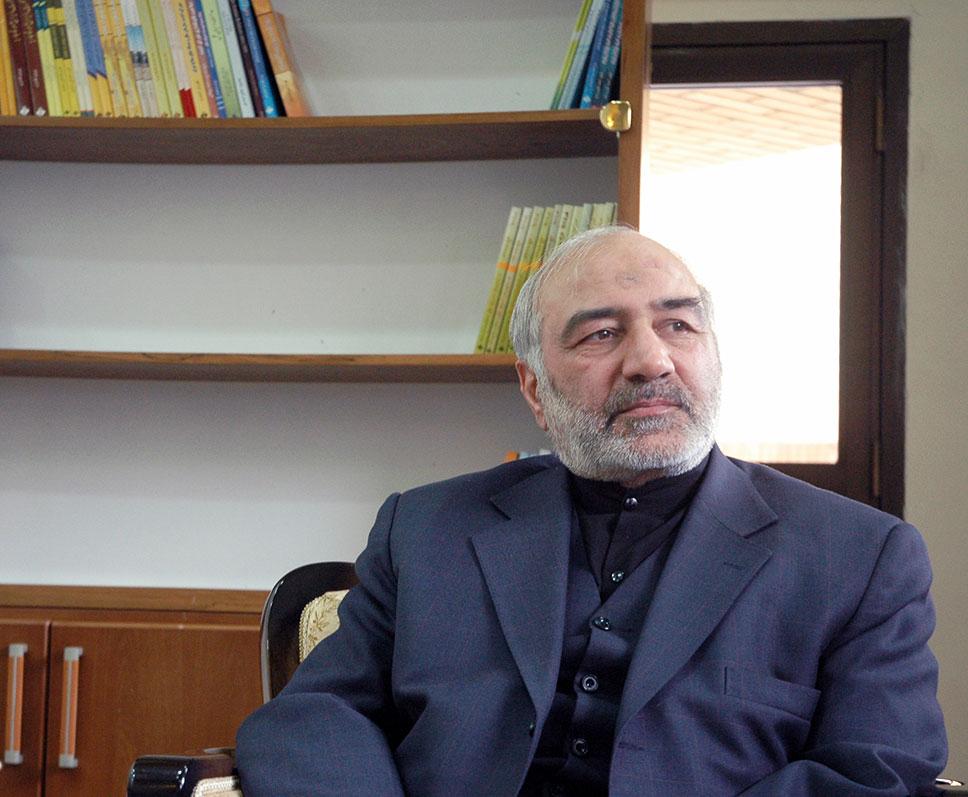 13990818000370 Test NewPhotoFree - دولتمردانی که پای آمریکا را به ایران باز کردند