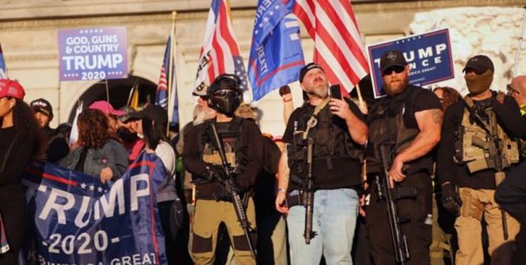فیلم| درگیری طرفداران ترامپ با مخالفان وی در واشنگتن