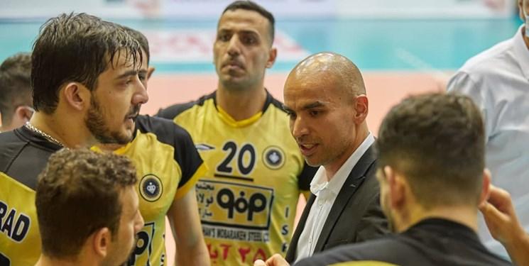 محمدیراد: بازیکنان سپاهان با تمام وجود بازی کردند/ در مورد میرزاجانپور خطر نمیکنیم