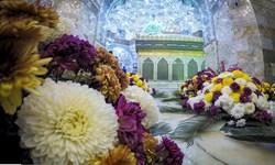 گل آرایی ضریح حرم حضرت معصومه(س)
