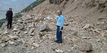 اقدام جهادی در بازگشایی راههای روستایی دیشموک+تصاویر
