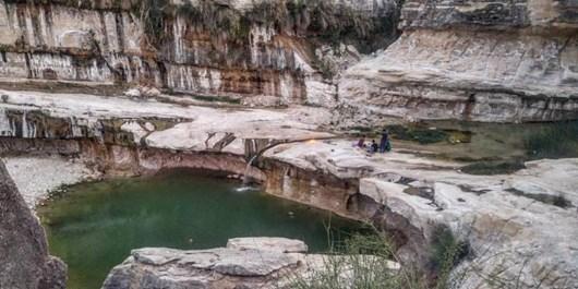 آبشار چک چک، طبیعتی زیبا در دل شهرستان مهر