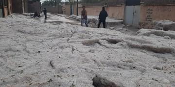 خسارت بارش شدید تگرگ به زیرساخت شهری آبپخش+عکس و فیلم