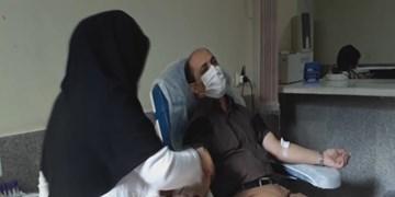 بسیجیان پارسآباد با اهدای خون خود به یاری بیماران شتافتند
