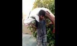 فیلم| صید ماهی غول پیکر از رودخانه «سیمره»