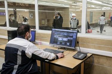 اتاق کنترل و دوربین های مدار بسته سطح ایستگاه مترو برج میلاد تهران