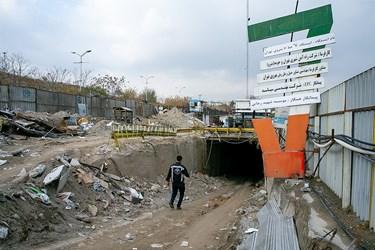 مسیر خروج اضطراری مسافران در ایستگاه مترو  برج میلاد تهران