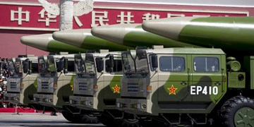 چین با موفقیت موشکهای «قاتل ناوهای هواپیمابر» را آزمایش کرد