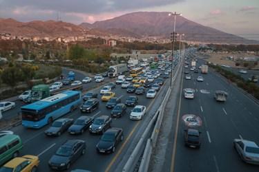 ترافیک سنگین آزادراه کرج-قزوین