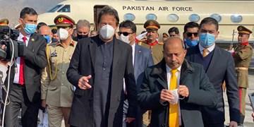 عمران خان به کابل رسید؛ دیدار نخست وزیر پاکستان با مقامات افغان
