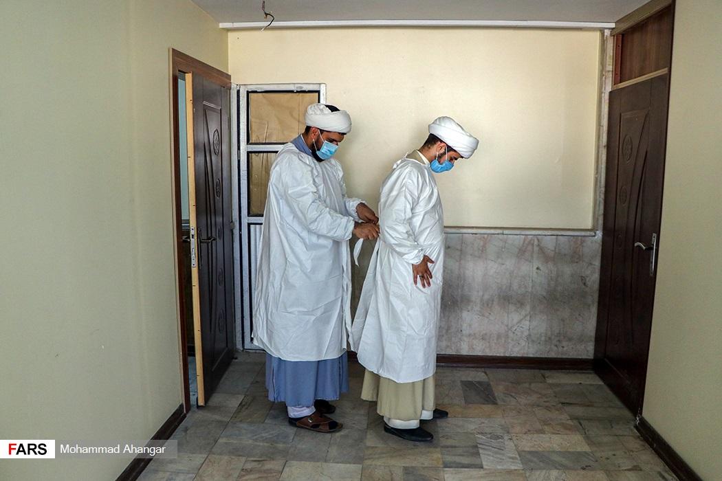 طلاب در بیمارستان گلستان اهواز