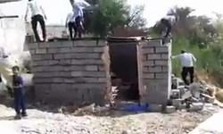 «ساختن» بهجای «تخریب»/ اعلام آمادگی جوانان هیئت روضه الشهدای مشهد برای ساخت خانه زن بندرعباسی