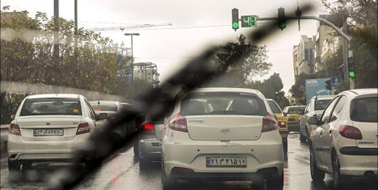 از قفل شدن بزرگراه ها در روزهای بارانی تا آخرین  وضعیت آب گرفتگی معابر پایتخت