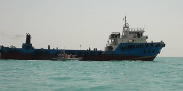 سپاه یک شناور خارجی حامل سوخت قاچاق را در خلیج فارس توقیف کرد