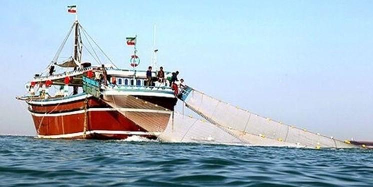 توقیف سه فروند لنج ترال در خلیج فارس
