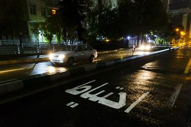 خیابان ونک پس از ممنوعیت عبور و مرور ساعت 21