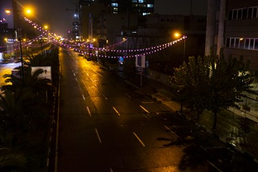خیابان میرداماد پس از ممنوعیت عبور و مرور ساعت 21