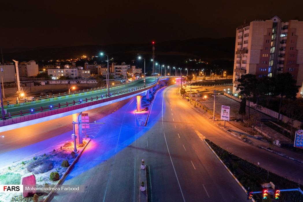 پل معالی آباد، شیراز به سمت بلوار چمران پس از ممنوعیت عبور و مرور ساعت 21
