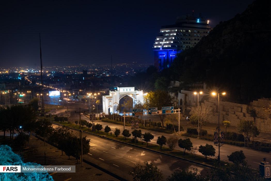 دروازه قرآن، شیراز پس از ممنوعیت عبور و مرور ساعت 21