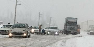 راهداری استان تهران: کمکاری شهرداری دماوند نسبت به پاکسازی ورودی مشا