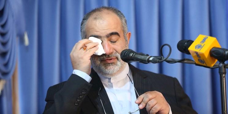 واکنش کاربران به استعفای حسامالدین آشنا/ کجا به سلامتی؟ بهقول آقا بزن دررو نداریم!