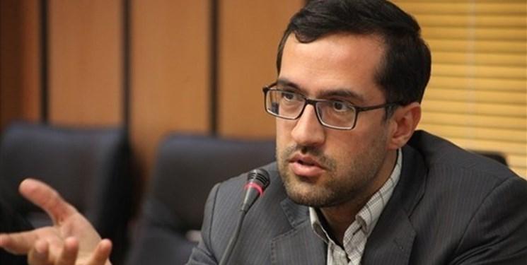 حدادزاده: دادستانی از فعالیتهای مشروع جریانهای سیاسی حمایت قانونی میکند