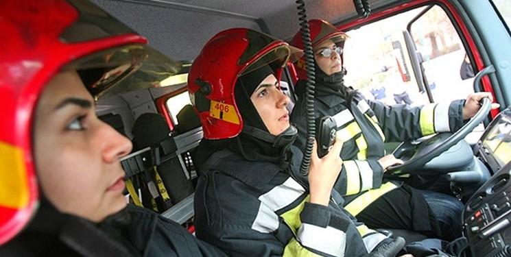 ورود آتش نشانان زن  به شهرداری از  اواخر پاییز/بیمه  آتش نشانان به کجا رسید؟