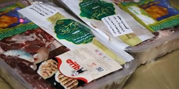 توزیع بستههای گوشت بین نیازمندان زنجانی