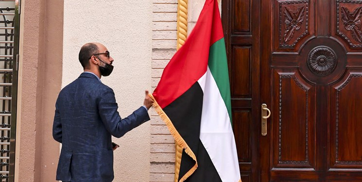 رویترز| امارات صدور روادید برای 13 کشور از جمله ایران را متوقف کرده است
