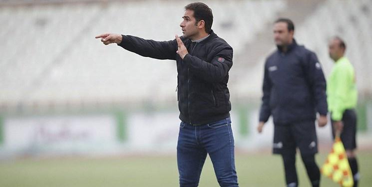 صادقی: سایپا تیمی سالم و بدون زد و بند است/به فوتبال ایران خدمت میکنیم اما به تیم ما توجه نمیشود