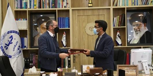 امضای تفاهمنامه همکاری بین بسیج سازندگی و جهاددانشگاهی فارس