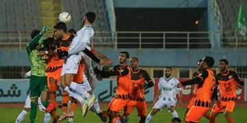 لیگ برتر فوتبال  دیدار آلومینیوم اراک و مس رفسنجان