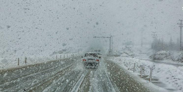 هشدار کولاک برف و احتمال لغو پروازها در 3 استان/آسمان برفی و بارانیِ کشور در 5 روز آینده