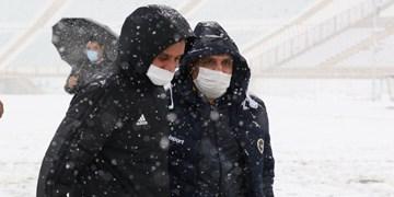 احتمال لغو بازی تراکتور و سپاهان به دلیل بارش برف +فیلم و عکس