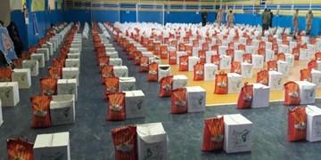 کمک مؤمنانه| توزیع بستههای معیشتی به مناسبت هفته بسیج در مازندران