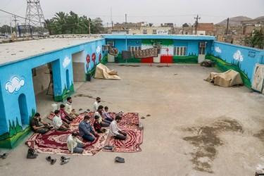 مجموعه بنیاد جهادی راسخون بیش از 3 سال است که در کوی طاهر اهواز حضور دارد و اقدامات فرهنگی ، اشتغال زایی و زیر ساختی انجام می دهد