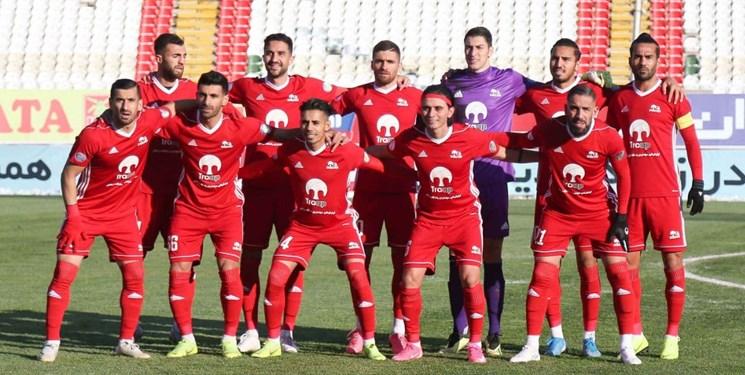 بازی انتقامی تراکتور برابر فولاد خوزستان/ خیز سرخپوشان برای رسیدن به نیمه اول جدول