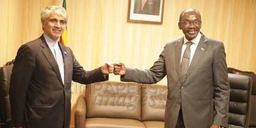 تأکید ایران و زیمبابوه بر تقویت همکاریها و ارتقای مناسبات اقتصادی علیرغم تحریمهای آمریکا
