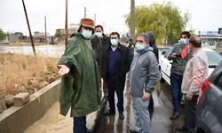 بازدید استاندار از معابر شهر یاسوج در روز بارانی