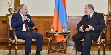 رئیسجمهور ارمنستان، در مسکو استعفای پاشینیان را خواستار شد