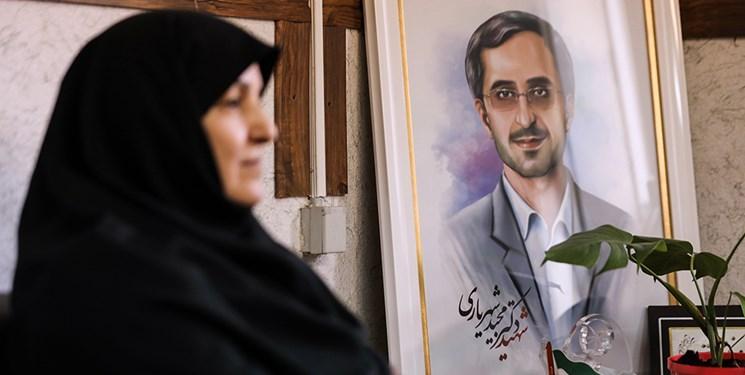 همسر شهید شهریاری: بهمحض شنیدن خبر ترور « دکتر فخریزاده»، خودم را به همسرش رساندم