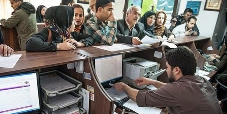 مطالبه  حمایت از سختی کار کارمندان بانک در «فارس من» داغ شد/ گفتوگو با سردبیر سوژه