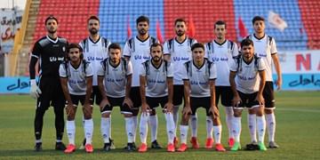 مربی نفت مسجدسلیمان: فریب شرایط ذوبآهن در جدول را نمیخوریم/ بازیکنان در هرشرایطی انگیزه دارند